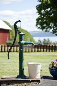 Schwengelpumpe sind ideal zur Beförderung von Wasser